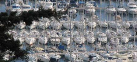 Pressures of nautical tourism on coastal areas